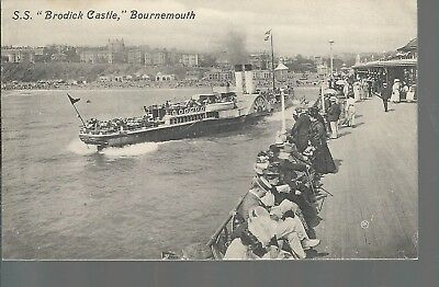 SS-Brodick-Castle-Paddle-Steamer-Bournemouth.jpg