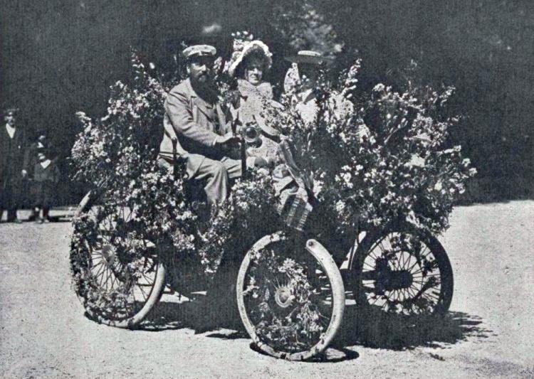 Albert_Laumaillé_de_Nice_au_Longchamps-Fleuri_de_Spa,_le_10_juillet_1896_(Les_fêtes_automobiles_de_Spa).jpg