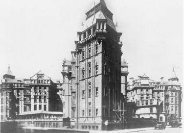 1906_new University College Hospital.jpg