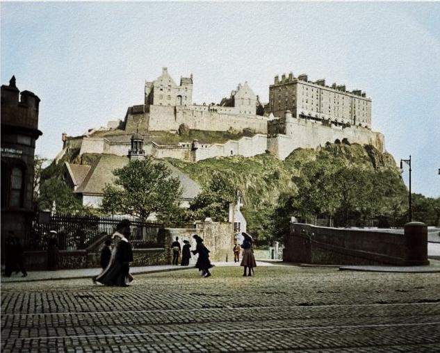 edinburgh_castle_scotland_1910_grassmarket_poster-r0d930f1865ab45489291bc98e4579124_wv8_8byvr_704