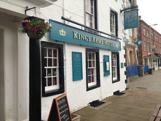 kings-arms-hotel.jpg