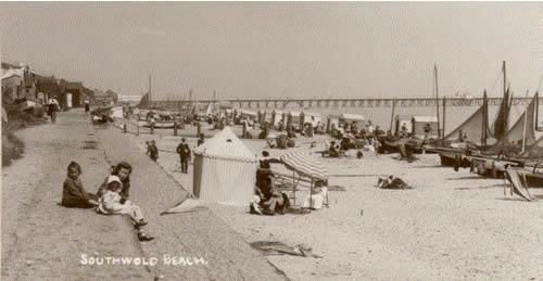 Southwold beach 1905 p1378_LARGE.jpg