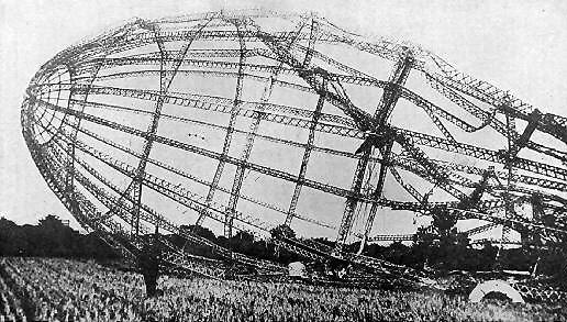 Zeppelin_wreck_23_sept_1916