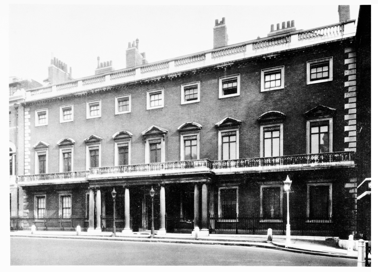 NorfolkHouse_StJames'sSquare_1932